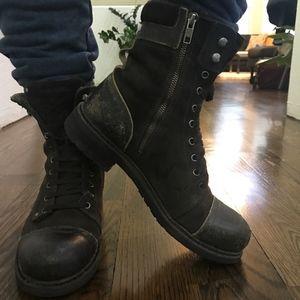 ab265113338 Diesel Men's black leather lace-up boots